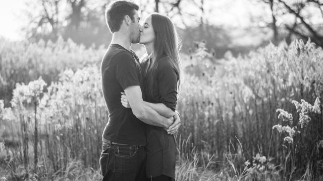 <与她亲密的接吻,高清壁纸,图片,时光记忆