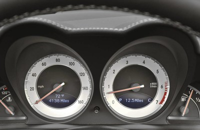 MercedesBenz梅赛德斯奔驰汽车宽屏高清壁纸
