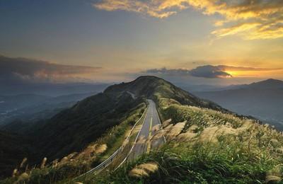 <小清新清新淡雅公路帶著夢想在路上高清壁紙