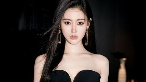张天爱黑色抹胸裙性感图