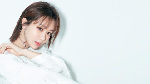 杨紫白裙写真壁纸图片