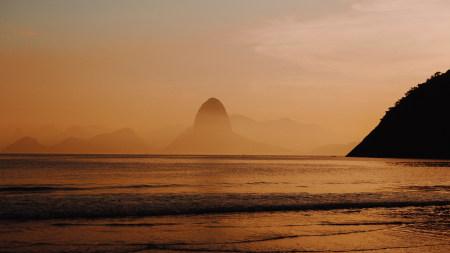 <黄昏时分的海滩
