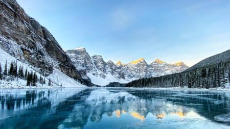 加拿大班夫国家公园梦莲